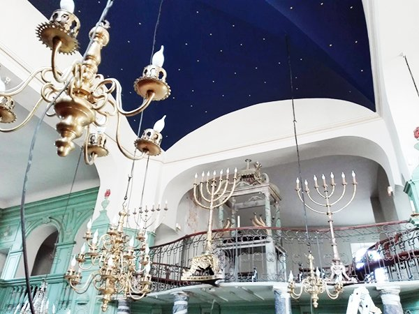The starry vault of the synagogue of Carpentras